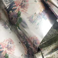 A contemporary trail forms the striking focus of the Highgarth Collection. Statement wallpaper that certainly catches the eye. Feature Wallpaper, Unique Wallpaper, Interior Styling, Interior Decorating, Feeling Excited, Happy New Year Everyone, Wall Murals, Print Design, Bloom