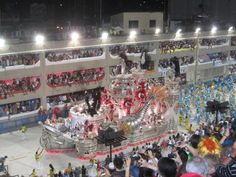 Kırmızı'ya Tıklayanlar Rio Karnavalı'nda  http://on.fb.me/HIcHWf