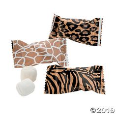 Send your taste buds on a wild adventure with these Safari Buttermints! Great for your safari-themed Trunk or Treat or birthday party favors, these . Safari Theme Party, Safari Birthday Party, Jungle Party, Party Themes, Party Ideas, Jungle Safari, 11th Birthday, Kylie Birthday, Safari Wedding