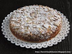 """Oggi vi presento una torta che è risultata particolarmente gradita ai miei ospiti.   Sebbene fosse definibile più genericamente come """"T..."""