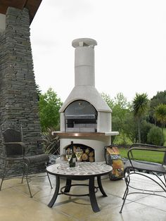 White Granite, White Quartz, Cooking With Charcoal, Outdoor Fire, Outdoor Decor, Charcoal Briquettes, Perfect Steak, Wood Logs, Cooking On The Grill