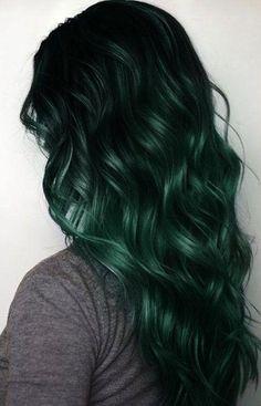 Emerald Green Hair, Green Hair Colors, Hair Dye Colors, Hair Color Dark, Ombre Hair Color, Cool Hair Color, Hair Colour, Dark Teal Hair, Green Hair Ombre