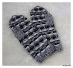 Megetar: Kirjoneulelapaset Gloves