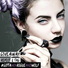 This 'Cat Skull' #ring could be yours with all other 5 prizes in our #giveaway!! 👑💰💰💲 To take part: ☆Follow us ☆ Repost and tag #gottawinrogueandwolf #Giveaway ends Wednesday at 12am, good luck witches and wolves! ⚠ No give away accounts ⚠ Posts once per day  There will be 5 lucky winners to receive a bundle of 6 #RogueAndWolf goodies. For more ways to enter make sure you check our blog! <3 ❤👌 🌙//BLOG: therogueandthewolf.com/blog/