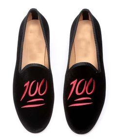 New Handmade Men Latest Velvet Embroiered Loafer Slippers Men Moccasin Slippers #Handmade #MoccasinSlippers