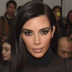 Kim Kardashian comparte sus secretos (confesables) de belleza. Encuéntralos en nuestro sitio.