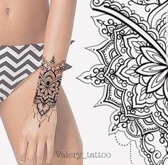 Photo - Amazing 2 colors cartoon tattoo style of Flamingo and palm trees motive done by artist Jefree Naderali Tattoo Hand Tattoos, Henna Tattoo Hand, Forearm Tattoos, New Tattoos, Body Art Tattoos, Sleeve Tattoos, Tattoo Wave, Tattoos Mandalas, Mandala Wrist Tattoo