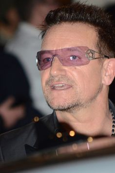 Bono and The Edge are known for much more than just their chart-topping rock anthems: Both are humanitarians who have lent their time and hearts to a variety of causes over the years. We're taking a closer look at the statesmen of rock 'n' roll with profiles of both Bono and The Edge to get to know both a bit better. / Read more : http://www2.gibson.com/News-Lifestyle/Features/en-us/U2-Bono-and-The-Edge-More-than-Music.aspx    www.u2france.com/actu/Bono-de-U2-Au-dela-de-la-simple,57429.html