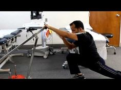 Shoulder Hip Thigh Dynamic Stretching: In this video I am going to show you how stretch your anterior hip joint quadriceps anterior tibialis rib cage lats and shoulder. Knee Tendonitis, Beginner Stretches, Shoulder Flexibility, Knee Pain Exercises, Shoulder Problem, Dynamic Stretching, Knee Pain Relief, Tight Hip Flexors, Psoas Muscle