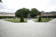 Square Louis XIII Paris France, Sidewalk, Gardens, Ride Or Die, Park, Patio, Side Walkway, Walkway, Walkways