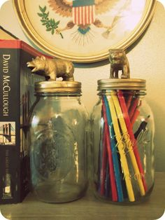 Critters! Wouldn't it be cute to keep animal crackers in those jars?