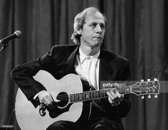 musician-mark-knopfler-of-the-band-dire-straits-performing-at-the-picture-id550423461 (1024×797)