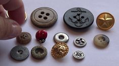 Single Old Buttons All Video, Buttons, Make It Yourself, Videos, Video Clip, Knots, Plugs, Button