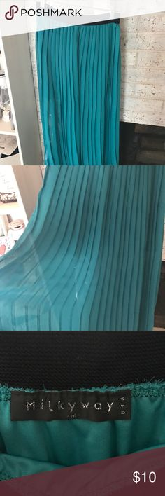 Teal pleated maxi skirt Teal pleated maxi skirt.                                                                   I am open to reasonable offers! 💕❤💕 I love to bundle 🛍🛍🛍 Usually ship the next  day 📦📭😃 Skirts Maxi