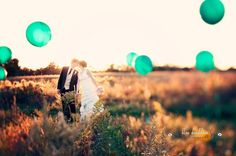 Amazing Idea for pictures!! Fill up balloons and then tie them to hefty rocks at different heights! This is beautiful