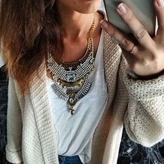 Statement Jewelry - On-trend & Bold - Happiness Boutique High Fashion, Ootd Fashion, Fashion Tips, Cool Style, My Style, Rhinestone Jewelry, Statement Necklaces, Winter Wear, Stones