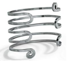 Cuff / Alexander Calder /  Silver wire / circa 1940
