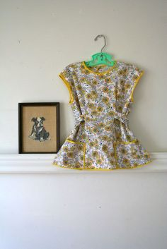 vintage 40s little girl's apron top  DAISY HAT novelty by MsTips, $7.00