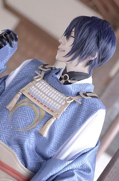 Ranbu Online kuryu Mikazuki Munechika Cosplay Photo - COSPLAY IS BAEEE! Tap the pin now to grab yourself some BAE Cosplay leggings and shirts! From super hero fitness leggings, super hero fitness shirts, and so much more that wil make you say YASSS! Anime Costumes, Cool Costumes, Cosplay Costumes, Cosplay Ideas, Otaku Anime, Anime Manga, Anime Neko, Diabolik Lovers, Touken Ranbu Mikazuki