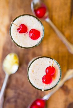 Skinny Pina Colada Smoothie (vegan, gluten-free)