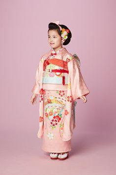 七五三 きもの 帯 Japanese Costume, Japanese Kimono, Geisha, Baby Kimono, Rite Of Passage, Boys Wear, Yukata, Girls Be Like, Costumes For Women