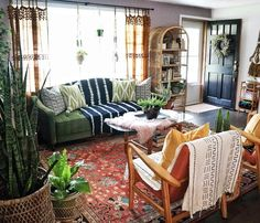 If You Read Nothing Else Today, Read This Report On Eclectic Decor Vintage Rugs 176 Boho Living Room, Home And Living, Living Room Decor, Bedroom Decor, Earthy Living Room, Earthy Home Decor, Eclectic Decor, Living Room Inspiration, Apartment Living