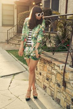 Discover this look wearing Enter To Win Lovemarks Blazers, Enter To Win Lovemarks Shorts - GIVEAWAY! by ChanelleNstuff styled for Chic, Everyday Short Suit, Floral Shorts, Suits You, Coachella, My Wardrobe, Personal Style, Prom, Style Inspiration, Blazer