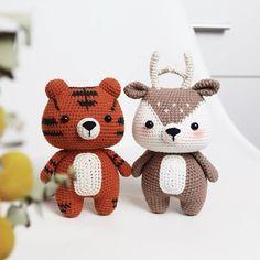 Amigurumi crochet pattern by HainChan on Etsy Crochet Kawaii, Bunny Crochet, Crochet Mignon, Crochet Eyes, Crochet Amigurumi, Cute Crochet, Amigurumi Doll, Crochet Dolls, Deer Pattern