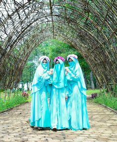 Hijab Style Dress, Niqab Fashion, Face Veil, Squats, Islam, Places To Visit, Photography, Beauty, Beautiful