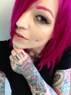 Alternative beauty Miss Bones with Lunaitk Hair Dye Kille Candy