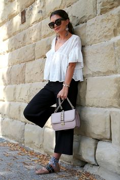 outfit: culotte , Glam lock bag and my Miu Miu Ballerinas - FashionHippieLoves Ballerine Miu Miu, Miu Miu Ballet Flats, Ballerina Flats, Ballet Shoes, Hippie Style, I Love Fashion, Manolo Blahnik, Who What Wear, Fashion Outfits