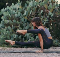 """Crow amongst the cactus // Get #onthemove with us and receive 15% off your next order. Use the code """"PINTEREST15"""" to shop your new favourite activewear gear. Visit www.nimbleactivewear.com."""