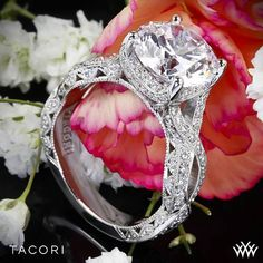 Tacori RoyalT Curved Diamond Engagement Ring - love everything but the shape of the diamond. Tacori Rings, Tacori Engagement Rings, Vintage Engagement Rings, Designer Engagement Rings, Diamond Wedding Bands, Wedding Rings, Diamond Rings, Bridal Jewelry Sets, Beautiful Rings