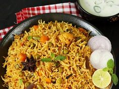 Veg recipes - Collection of over 800 Indian vegetarian recipes from north Indian & south Indian cuisines with videos & step by step photos Burfi Recipe, Samosa Recipe, Naan Recipe, Biryani Recipe, Oats Recipes, Veg Recipes, Curry Recipes, Indian Food Recipes, Snack Recipes