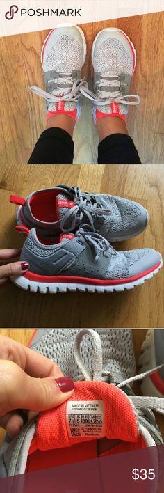 83d5f025eee1 Reebok womens running shoes 7.5
