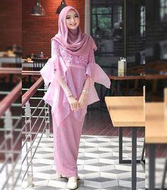 Gallery Hijab Cute and Lovely - Setahunbaru Hijab Casual, Hijab Outfit, Hijab Gown, Outfits Casual, Hijab Chic, Kebaya Muslim, Kebaya Hijab, Good Woman, Hijab Fashion