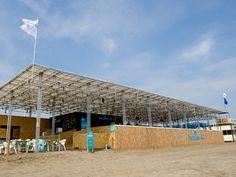 鎌倉・由比ガ浜に「大人限定」海の家-みかんぐみが空間デザイン