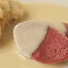 Uzený jazyk a křenová omáčka Stew, Eggs, Breakfast, Food, Morning Coffee, Essen, Egg, Meals, Yemek