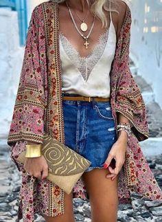Estilo Hippie Chic, Estilo Boho, Cardigans For Women, Coats For Women, Look Boho Chic, Bohemian Mode, Bohemian Print, Vintage Bohemian, Moda Chic