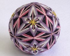 I love the uneven points on this temari