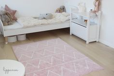 Washable rug Hippy Pink /Alfombra lavable Hippy Rosa #washablerugs #lorenacanals #hippycollection