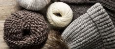 Pipo naiselle x 13 – ota ohjeet talteen ja äänestä kaunein! - Kotiliesi.fi Merino Wool Blanket, Knitted Hats, Knitting Patterns, Knit Crochet, Slippers, Diy Crafts, Throw Pillows, Crocheting, Projects