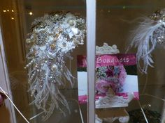 ON SHOW... The classic 'Gatsby' shower bouquet. Design by Diane Jones ♥