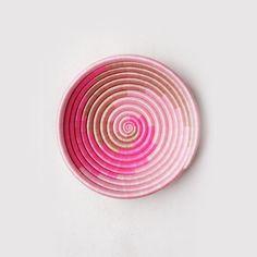Pink Swirl Plateau Bowl – H Marketplace