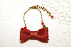 Valentine's Day: Braccialetto con fiocco - Bracelet with bow  http://madebyeleonora.blogspot.it