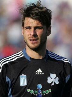 Orestis Karnezis - Greece, looking handsome as always Soccer Guys, Football Players, Neymar, Greek Men, European Soccer, How To Look Handsome, Partners In Crime, People Of The World, Country Boys