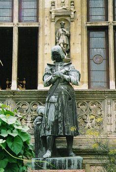 The statue of St. Joan in Orleans, France Joan D Arc, Saint Joan Of Arc, St Joan, Catholic Saints, Roman Catholic, Orleans France, Jeanne D'arc, European Tour, Medieval Fantasy