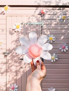 Mini Balloons, Balloon Clouds, Balloon Backdrop, Balloon Flowers, Paper Flowers, Latex Balloons, Daisy Party, Birthday Backdrop, Balloon Birthday