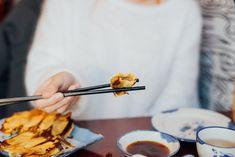Mai Xiang Yuan : délicieux dumplings dans le Quartier chinois Dumplings Chinois, Mets, Tableware, Top Restaurants, Cook, Eat, Dinnerware, Dishes