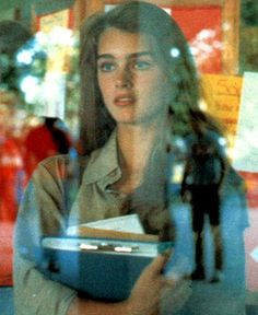 Picture of Brooke Shields Pretty People, Beautiful People, Icon Girl, Brooke Shields Young, Provocateur, Aesthetic Vintage, Looks Cool, Pretty Face, Girl Crushes